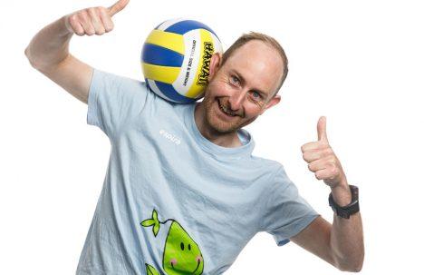 Det er både gøy og viktig å være aktiv, mener Ørjan Reinertsen.